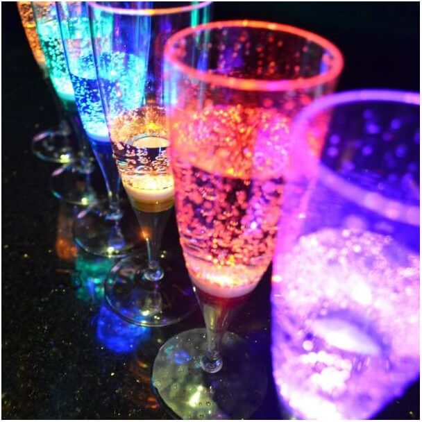 Champagne glass with LED x6, 150ml