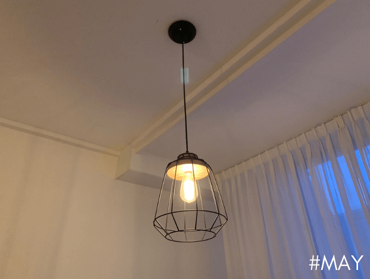 Black Pendant Light with wooden base - May